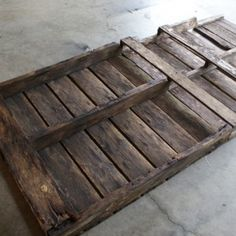 DIY wood pallet Headboard with instructions