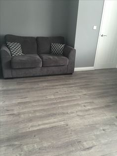 Newtown is one of the finest ranges in laminate flooring. Our Grey Oak is a beautiful 4 sided V grooved product, with superb board definition, and a stunning variety in knots and grains, perfect for a laminate that'll be indistinguishable from a real wood floor, without the price tag!  The light grey colour makes it perfect for a smaller room without much natural light, giving you a gorgeous floor perfect for a modern decor but one that'll look gorgeous in any home.