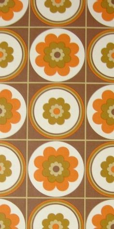 1970's wallpaper... looks like our old kitchen