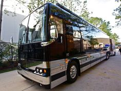 exterior view of gary allan 39 s matte black bus see more celeb motor homes here www. Black Bedroom Furniture Sets. Home Design Ideas