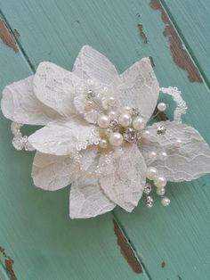 Hey, I found this really awesome Etsy listing at https://www.etsy.com/listing/183384063/wedding-hair-combhair-clip-bridal