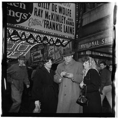William Gottlieb - Portrait of Frankie Laine, Paramount Theater, New York, N.Y. (1946-48)