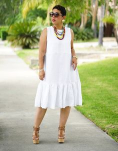 Easy to sew diy linen dress using New Look pattern The dress is modified slightly to add length to the bodice and add more gathers to the ruffle. African Attire, African Fashion Dresses, African Wear, African Dress, Linen Dresses, Casual Dresses, Casual Outfits, Fashion Outfits, Womens Fashion