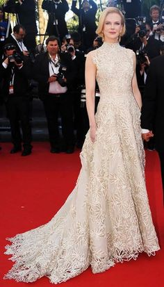Nicole Kidman at the 'Nebraska' premiere at the Cannes Film Festival - 2013. Valentino Spring 2013 Couture egg shell sleeveless gown featuring a high-neck & floral overlay. I love the train