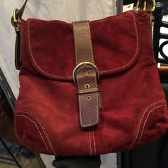 Burgundy coach good shape long strap inside good Great coach bag gold hardware! Coach Bags Shoulder Bags