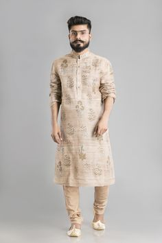 Impressive, without the frills. Men, when your desi style needs to be on high, you need this tussar kurta. Its subtle earthy shades and block prints make it a solid look without trying too hard. And its breathable material makes it perfect for spring. Wedding Kurta For Men, Wedding Dresses Men Indian, Wedding Dress Men, Indian Weddings, Wedding Wear, Indian Men Fashion, Mens Fashion Wear, Men's Fashion, Kurta Pajama Men