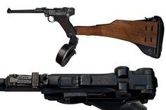 Dieselpunk: DWM Artillery Luger with drum and wood stock (WWI era) Luger Pistol, Revolver Pistol, Weapons Guns, Guns And Ammo, Assault Weapon, Fire Powers, Hunting Rifles, War Machine, Dieselpunk