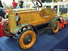 Antique Pedal Car,  Weirdotoys.com