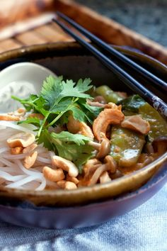 Red Shallot Kitchen: Thai Curry Chicken Noodle Soup