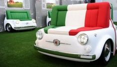 If you like the retro car, would like the furniture below. This is the result of cooperation between Meritalia with FIAT. This furniture takes your attention on the Fiat 500 Design Collection. Very innovative and creative.