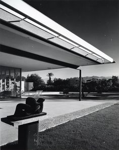Julius Shulman - Maslon House (Richard Neutra, architect)