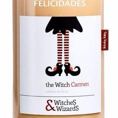 Felicidades a todas las Carmen!!!! Prueba nuestro crema de licor y disfrútala!!!