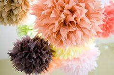 Doing It In Style: DIY tissue paper pom pom decorations Tissue Paper Pom Poms Diy, Tissue Paper Decorations, Pom Pom Decorations, Tissue Paper Flowers, Paper Poms, Tissue Balls, Paper Balls, Wedding Decorations, Owl First Birthday