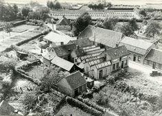 Driehoek....klokkengieterij te Asten....foto genomen vanuit de kerktoren 1927