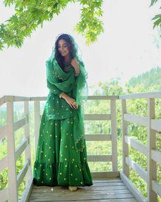 Indian Suits Punjabi, Indian Wear, Beautiful Frocks, Casual Indian Fashion, Maya Ali, Silk Saree Blouse Designs, Kurta Designs Women, Designs For Dresses, Stylish Girl Pic