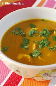 Curried Chicken and Butternut Squash Soup | Slimming Eats - Slimming World Recipes
