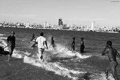 PORTRAITS DU MOZAMBIQUE / MOZAMBICAN DIARY 2015 http://www.aurorevinot.com/81583/5632729/portfolio-aurore-vinot/portraits-du-mozambique