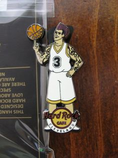 Cleveland Hard Rock Cafe pin  basketball player  LE HRC badge Closed