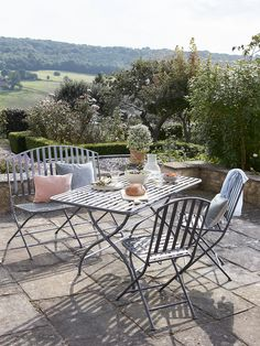Taking the time to create an outdoor space which is both functional and inviting is important when leading a more 'Lagom' life. Time outdoors will help you to achieve a better work/life balance and switch off.