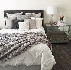 Grey tones in a bedroom can look so cozy. #greybedrooms #greytones