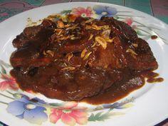 SEMUR DAGING alaBetawi Malaysian Food, Indonesian Food, Indonesian Recipes, Nom Nom, Steak, Food And Drink, Menu, Foods, Dishes