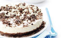 Csokoládés sajttorta sütés nélkül What You Eat, Cake Cookies, Tiramisu, Cheesecake, Sweets, Baking, Ethnic Recipes, Food, Yogurt