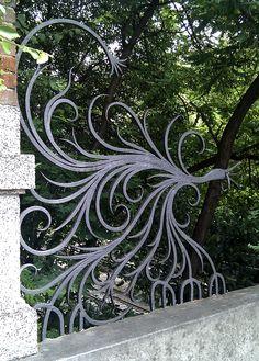 Pegli - wrought iron on the bridge  http://www.superiorornamentalsupply.com/custom-services/custom-steel-forging.html
