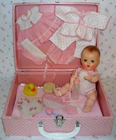 Tiny Tears doll in pink case with layette-so special! My Childhood Memories, Childhood Toys, Sweet Memories, Doll Toys, Baby Dolls, Tiny Tears Doll, Old Dolls, Little Doll, Retro Toys