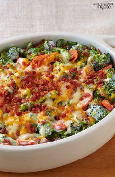 Casserole crémeuse au brocoli et au bacon #recette