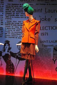 Yves Saint Laurent | 70's ensemble with green turban | Madrid exhibition, 2012