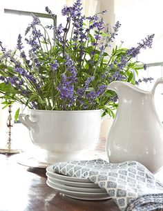 lavender or salvia http://partyresources.blogspot.com/2012/04/purple-haze.html