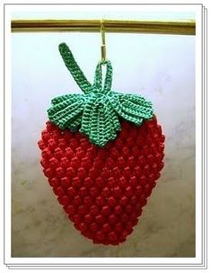 DIY by AngieGurumi Amigurumi: Strawberry Scrubber Crochet Free ñ_ñ Crochet Strawberry, Crochet Fruit, Crochet Food, Crochet Kitchen, Crochet Chart, Crochet Motif, Crochet Doilies, Crochet Flowers, Crochet Patterns