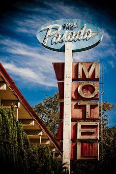 The Pasada Motel. Route 66 - Pasadena, California