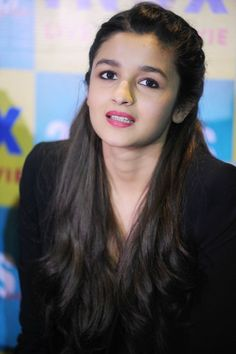Alia Bhatt looked perky and pretty at a '2 States' event #Style #Bollywood #Fashion #Beauty