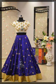 Indian Bollywood Wedding New Party Wear Dress Red Designer Ethnic Lehenga Choli Lehenga Crop Top, Blue Lehenga, Silk Lehenga, Indian Dresses, Indian Outfits, Indian Clothes, New Party Wear Dress, Lehenga Choli Online, Ghagra Choli