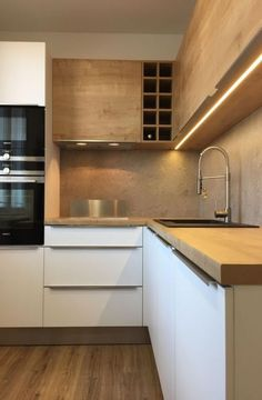 [Most Updated] Stylish Kitchen Cabinet Design Ideas 2019 40 Kitchen Cabinet Design Ideas – cuisine moderne Classic Kitchen, Stylish Kitchen, Modern Kitchen Cabinets, Kitchen Cabinet Design, Kitchen Modern, Kitchen Cupboard, Updated Kitchen, Minimal Kitchen, Kitchen Contemporary