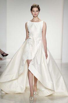Anne Barge Bridal Fall 2015 - Slideshow - Runway, Fashion Week, Fashion Shows, Reviews and Fashion Images - WWD.com