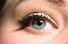 Eyelash Develop – A Little Magic Helps