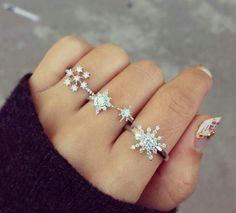 winter and snowflakes rings