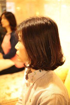 엔끌로에 목혁수,여자,중간머리,c컬