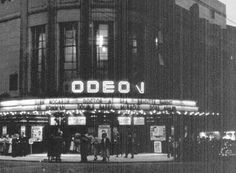 I was just a kid when World War 2 ended and Britain started to get back to normal. Cinemas lit up and started showing the new films that were. Glasgow Architecture, Paisley Scotland, The Second City, Glasgow Scotland, Local History, Best Cities, Old Photos, Cool Pictures, Places To Visit