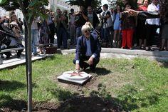 Джанкарло Джанини посади липа в алеята на славата в Стара Загора