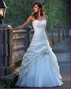 Princess Style Wedding Dress Ball Gown Prom Sizes by ChicSellOuts, £150.00