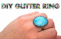 DIY Jewelry: Glitter Ring - we heart this