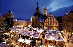 Weihnachtsmarkt Triberg | Christmas Time in Germany  - repinned by www.mybestgermanrecipes.com