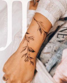 Dainty Tattoos, Pretty Tattoos, Cute Tattoos, Body Art Tattoos, Sleeve Tattoos, Wrap Tattoo, Band Tattoo, Wrist Hand Tattoo, Wrap Around Wrist Tattoos