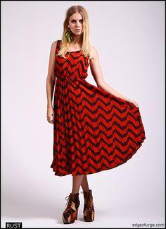 Zig Zag Print Pleated Dress - $36.00