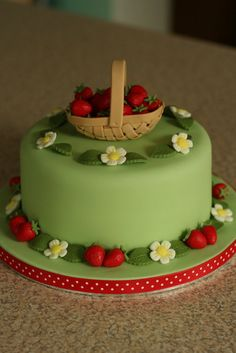 Strawberry Picking - by IceIceTracey @ CakesDecor.com - cake decorating website