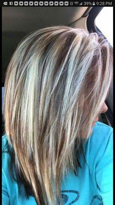 a6e1c915c0bad21e1d50a76fcc3e9981.jpg (720×1280) Hair Color Highlights Blonde, Hair Color Streaks, Purple Streaks, Summer Highlights, Light Highlights, Blonde Hair, Hair Cuts Choppy, Light Hair Colors, Haircolor