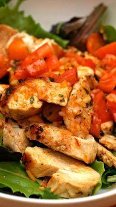 Chicken with Tomato-Saffron Vinaigrette with Mixed Greens